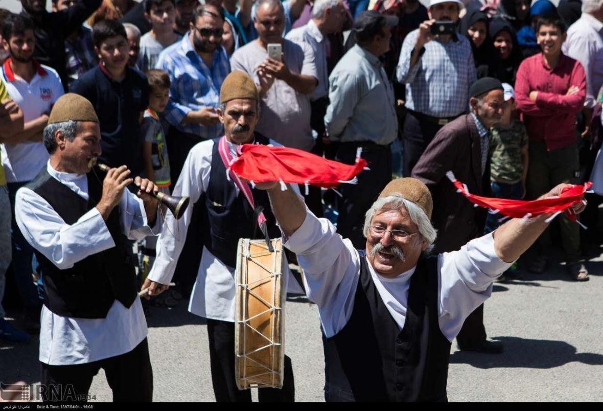 خبرنگاران تیرگان فراهان آینی کهن با پیوست های فرهنگی و اجتماعی