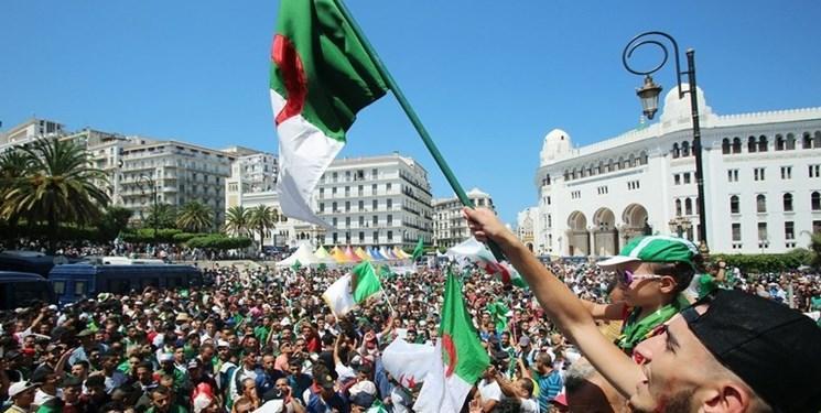 تظاهرات ده ها هزار نفر در الجزائر