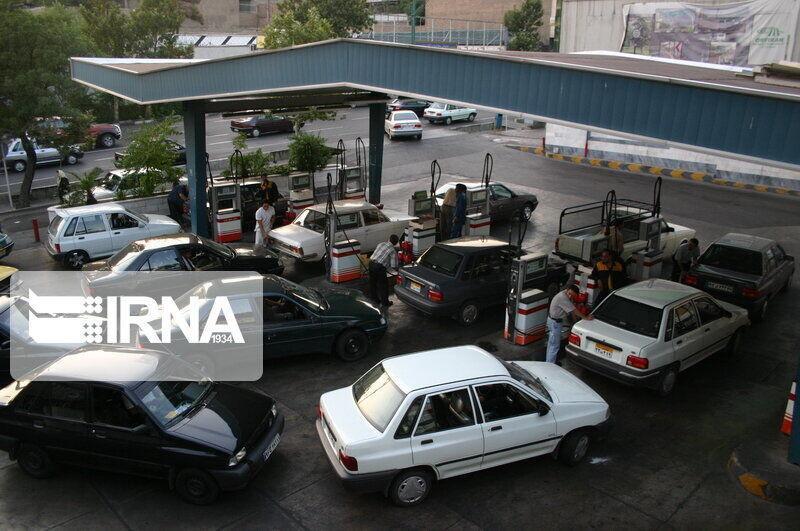 خبرنگاران میزان مصرف بنزین در ورامین کاهش یافته است